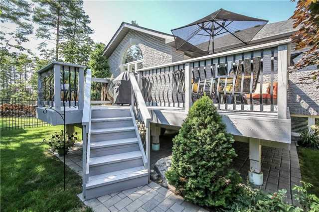 Detached at 3 Capps Dr, Barrie, Ontario. Image 8