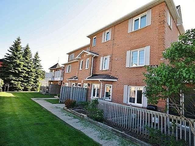 Condo Apartment at 500 Essa Rd, Unit 4, Barrie, Ontario. Image 1