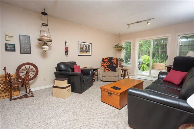 Detached at 8351 County Road 169 Rd, Severn, Ontario. Image 4