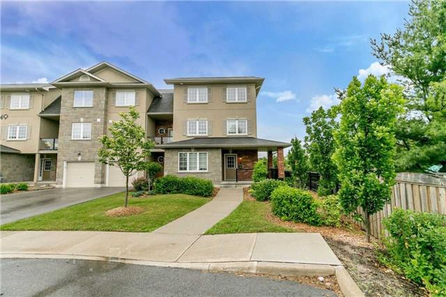 Condo Townhouse at 49 Ferndale Dr S, Unit 9, Barrie, Ontario. Image 1