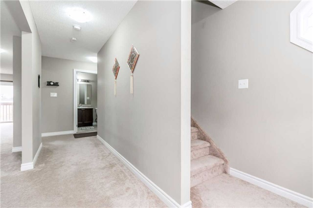 Condo Townhouse at 49 Ferndale Dr S, Unit 9, Barrie, Ontario. Image 14