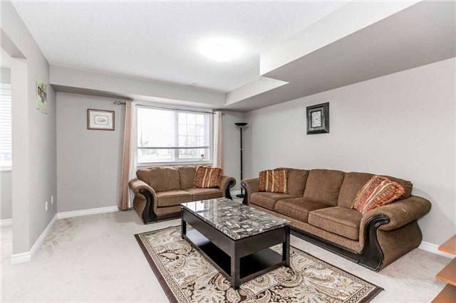 Condo Townhouse at 49 Ferndale Dr S, Unit 9, Barrie, Ontario. Image 16