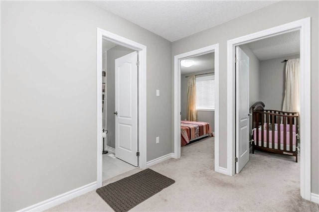 Condo Townhouse at 49 Ferndale Dr S, Unit 9, Barrie, Ontario. Image 3