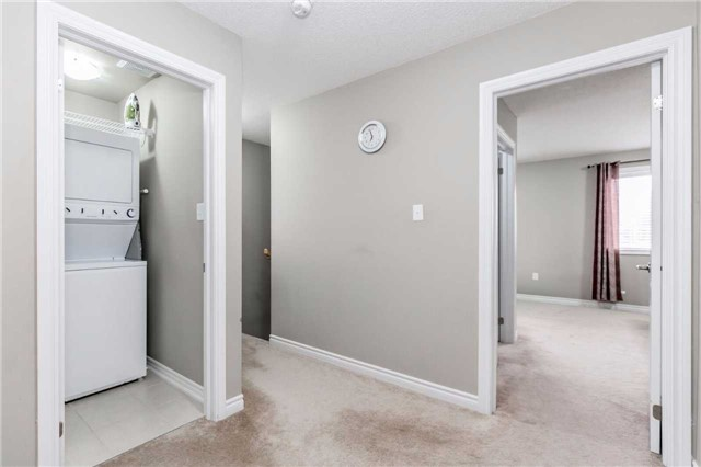 Condo Townhouse at 49 Ferndale Dr S, Unit 9, Barrie, Ontario. Image 4