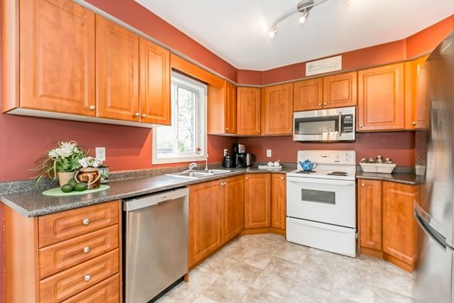 Detached at 129 Northview Cres, Barrie, Ontario. Image 17