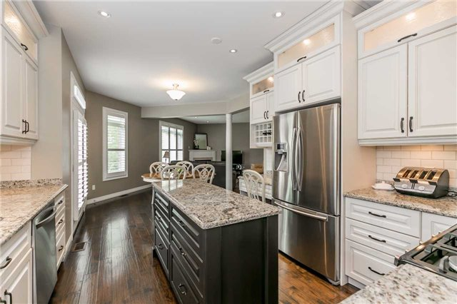 Detached at 8 Plowright Rd, Springwater, Ontario. Image 15