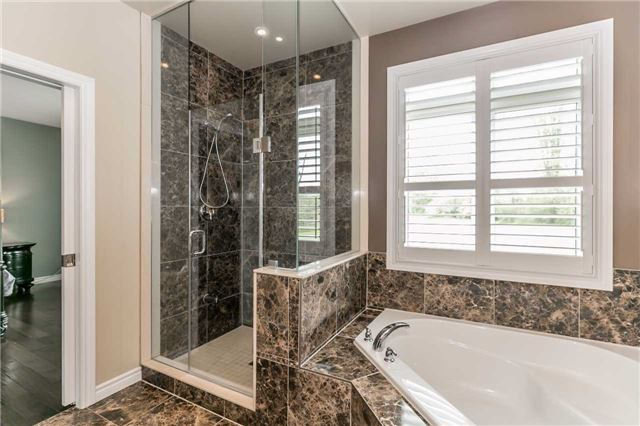 Detached at 8 Plowright Rd, Springwater, Ontario. Image 6