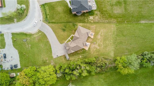 Detached at 8 Plowright Rd, Springwater, Ontario. Image 13