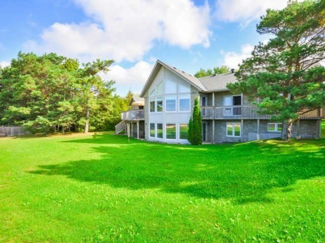 Detached at 45 Pine Forest Dr, Tiny, Ontario. Image 5