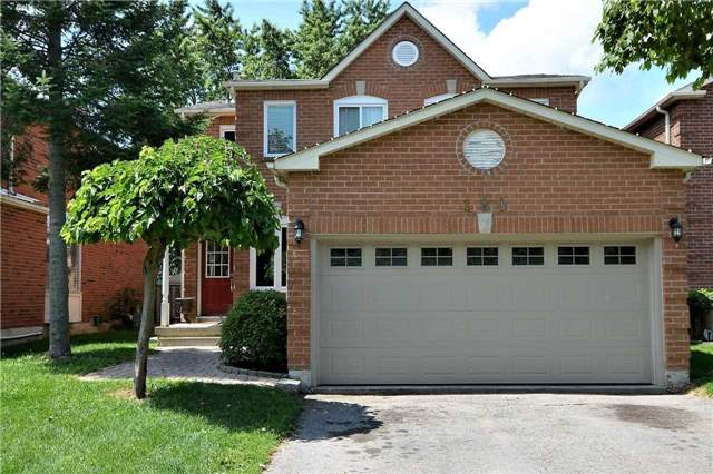 Detached at 180 Kozlov St, Barrie, Ontario. Image 1