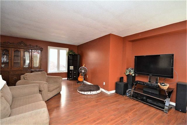 Detached at 180 Kozlov St, Barrie, Ontario. Image 19