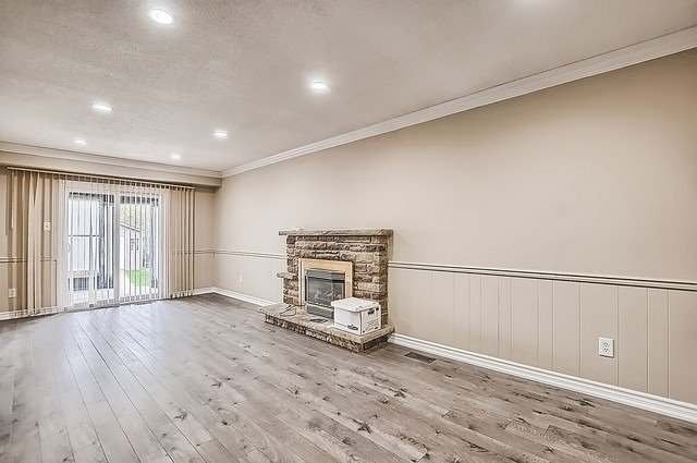 Semi-detached at 65 Highcroft Rd, Barrie, Ontario. Image 2