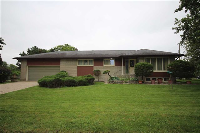 Detached at 99 Melrose Ave, Barrie, Ontario. Image 1