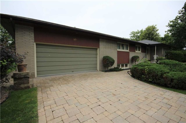 Detached at 99 Melrose Ave, Barrie, Ontario. Image 19