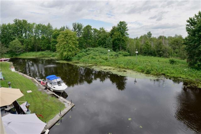 Condo Townhouse at 4 Paradise Blvd, Unit 9, Ramara, Ontario. Image 7