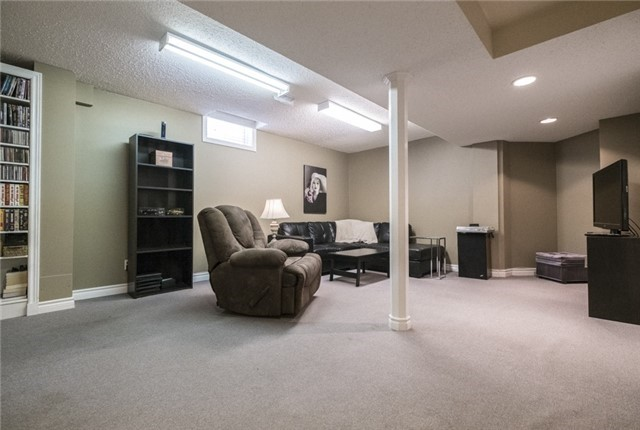 Link at 23 Churchland Dr, Barrie, Ontario. Image 7