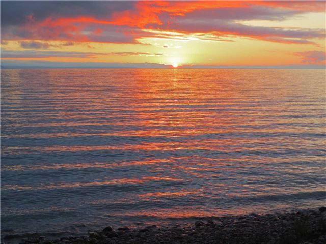 Detached at 1940 Tiny Beaches Rd S, Tiny, Ontario. Image 14