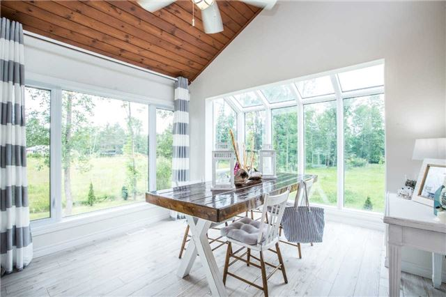 Detached at 13 Crescent Dr, Tay, Ontario. Image 13