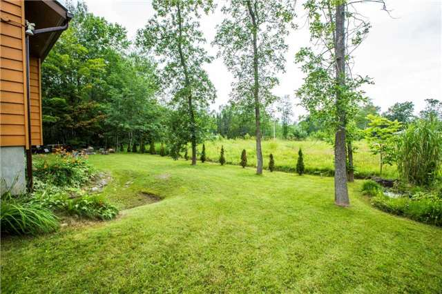 Detached at 13 Crescent Dr, Tay, Ontario. Image 7