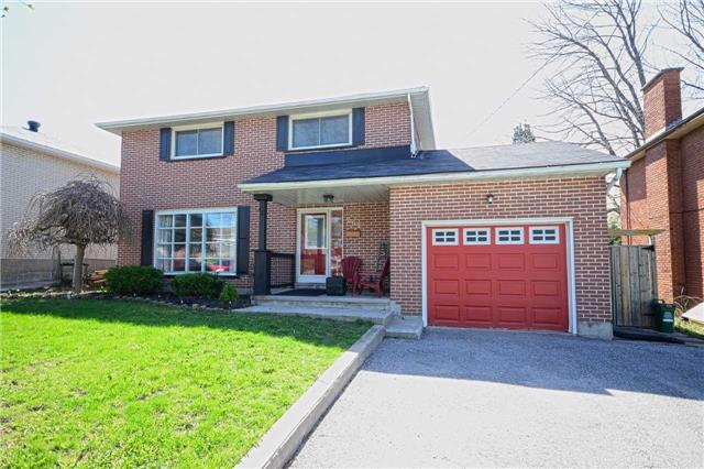 Detached at 267 Grove St E, Barrie, Ontario. Image 13