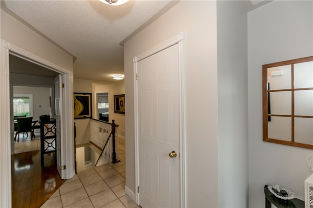 Detached at 157 Benson Dr, Barrie, Ontario. Image 14