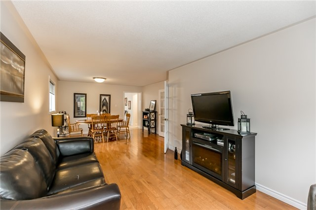 Detached at 157 Benson Dr, Barrie, Ontario. Image 16