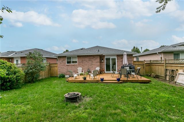 Detached at 157 Benson Dr, Barrie, Ontario. Image 13
