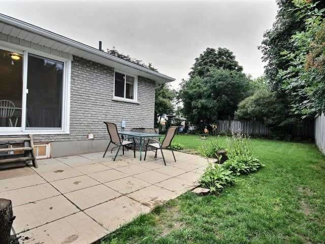 Detached at 269 Cook St, Barrie, Ontario. Image 10