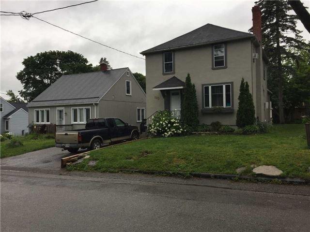 Detached at 105 Cameron St, Orillia, Ontario. Image 10