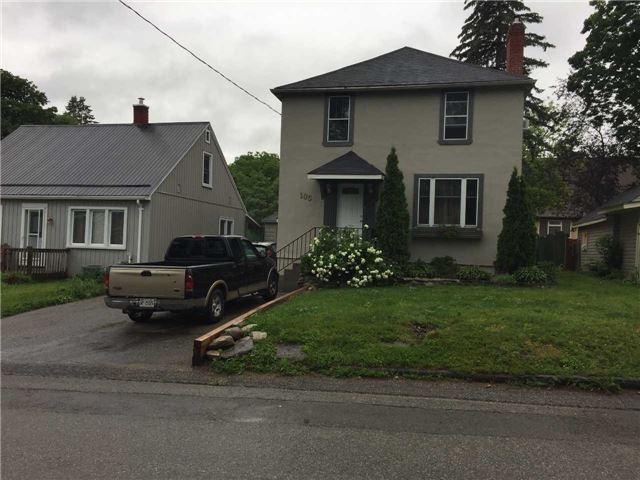 Detached at 105 Cameron St, Orillia, Ontario. Image 11