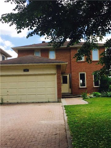 Detached at 19 Kinzie Lane, Barrie, Ontario. Image 1