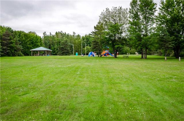 Detached at 3681 Shadow Creek Rd, Severn, Ontario. Image 5