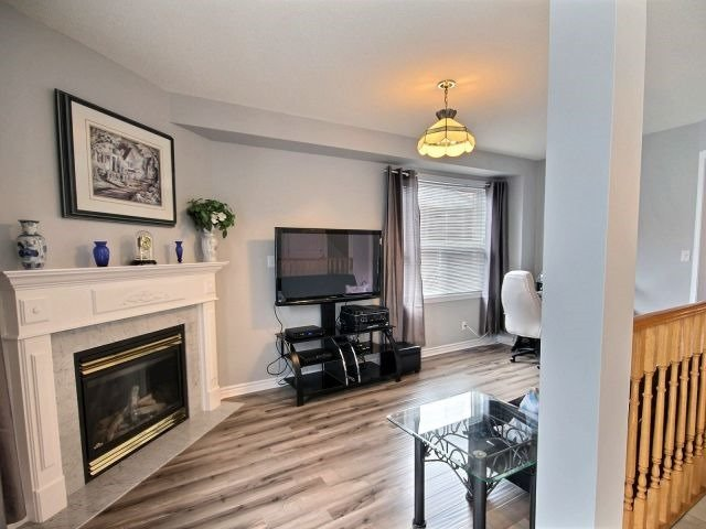 Detached at 56 Birchwood Dr, Barrie, Ontario. Image 17