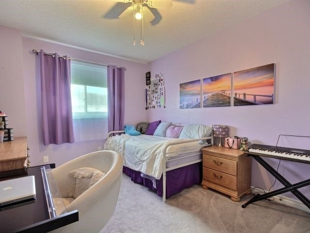 Detached at 56 Birchwood Dr, Barrie, Ontario. Image 4