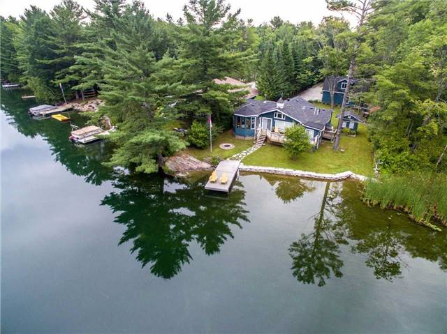 Detached at 3603 Riverdale Dr, Severn, Ontario. Image 1
