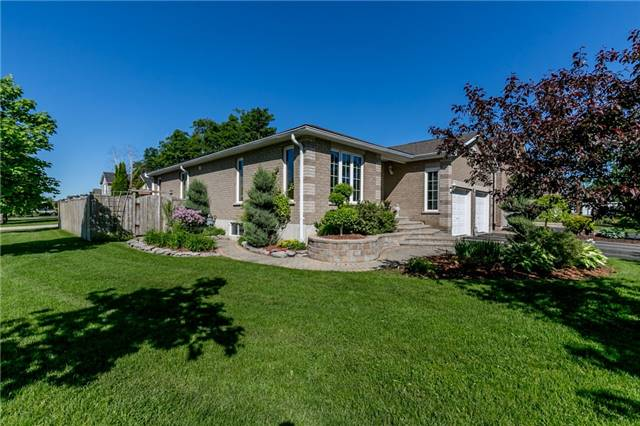 Detached at 77 Monique Cres, Barrie, Ontario. Image 12