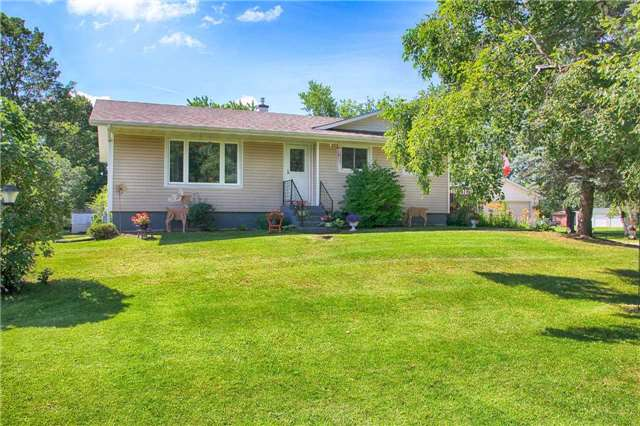 Detached at 61 George St E, Clearview, Ontario. Image 12