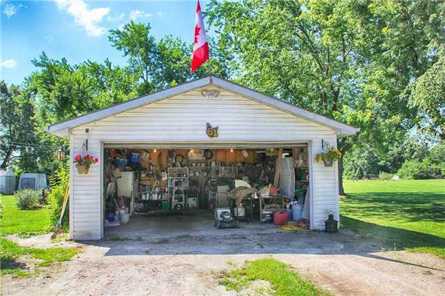 Detached at 61 George St E, Clearview, Ontario. Image 18