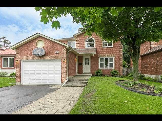 Detached at 67 Irwin Dr, Barrie, Ontario. Image 1