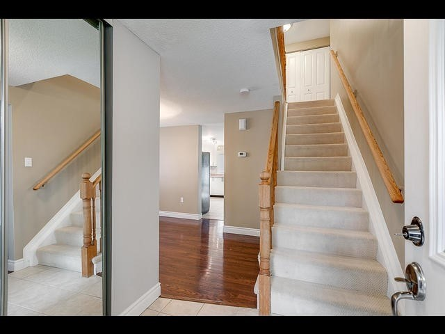 Detached at 67 Irwin Dr, Barrie, Ontario. Image 7