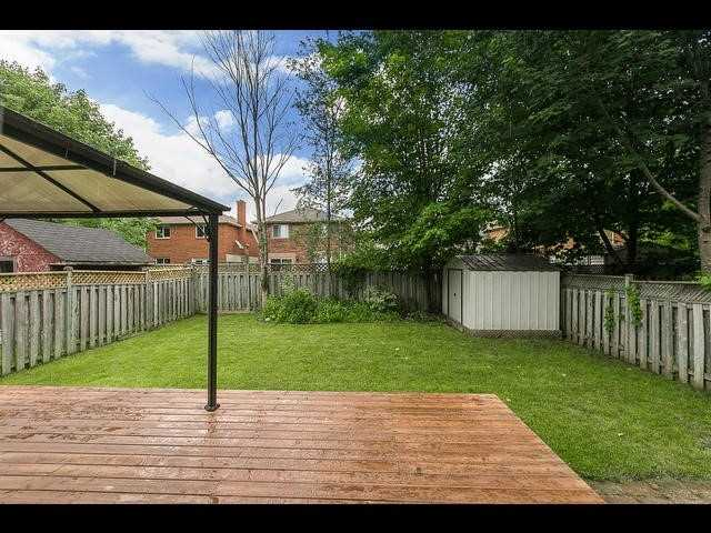 Detached at 67 Irwin Dr, Barrie, Ontario. Image 5