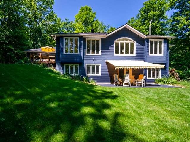 Rural Residence at 106 Copeland Creek Dr, Tiny, Ontario. Image 1