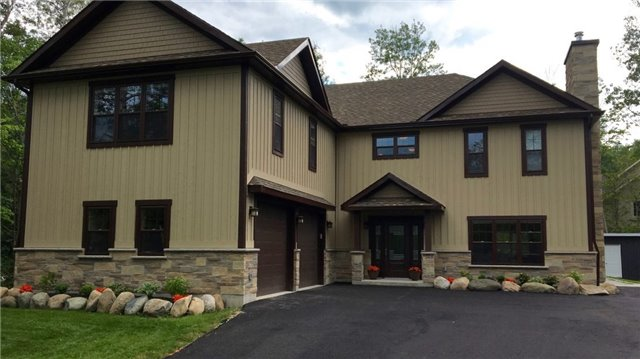Detached at 4 Woodview Dr, Collingwood, Ontario. Image 1