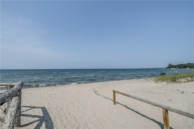 Detached at 66 Tiny Beaches Rd S, Tiny, Ontario. Image 7