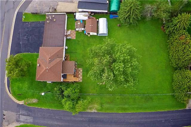 Detached at 3831 Soules Rd, Severn, Ontario. Image 3