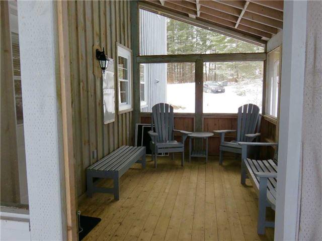 Cottage at 1098 Torpitt Rd, Severn, Ontario. Image 5