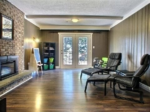 Detached at 4 Jane Cres, Barrie, Ontario. Image 7