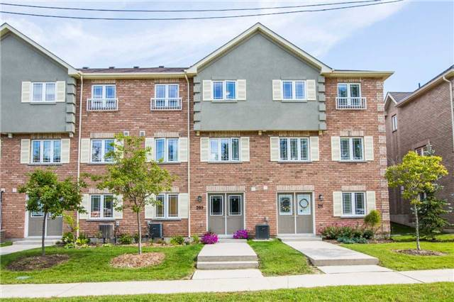 Condo Townhouse at 209 Harvie Rd, Barrie, Ontario. Image 5