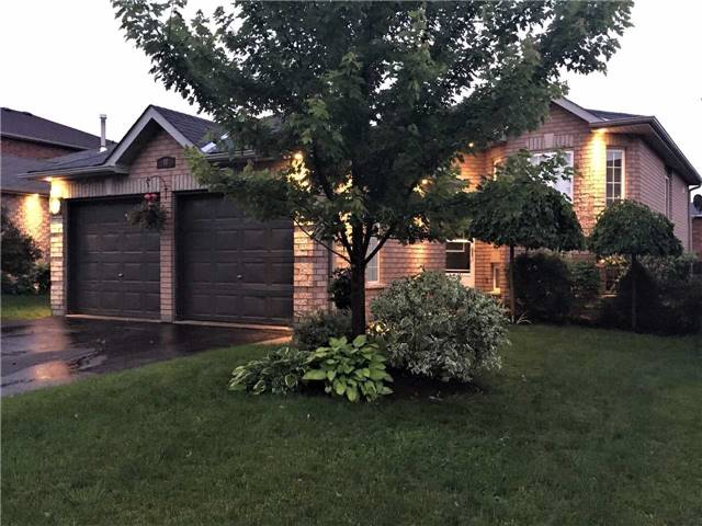 Detached at 49 Butternut Dr, Barrie, Ontario. Image 1