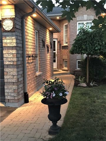 Detached at 49 Butternut Dr, Barrie, Ontario. Image 13